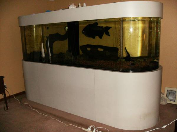 600 gallon aquarium - $4500 (Port Clinton, Ohio)