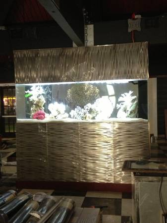 Gorgeous 340 Gallon Aquarium - $7500 (Waikiki,Hawaii)