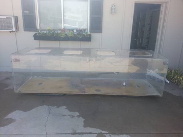 Gigantic 3'x3'x10' Aquarium. 650 gallon plexiglass Aquarium. - $1500 (Tempe, AZ)