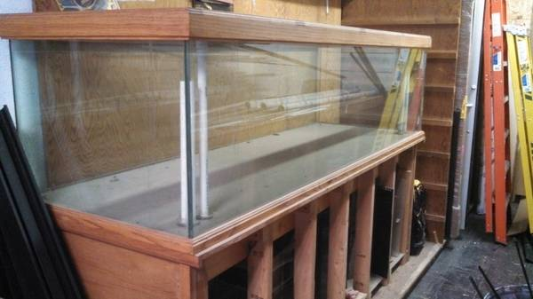 300 Gallon Aquarium and Stand - $1200 (clarksville, TN )