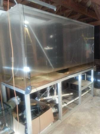 750 gallon Acrylic custom large aquarium - $5000 ( san antonio)